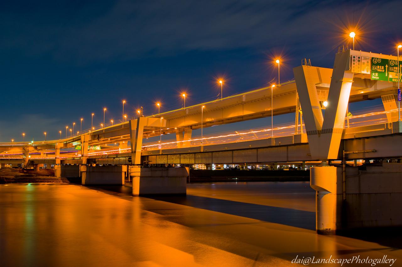 首都高速新荒川橋夜景