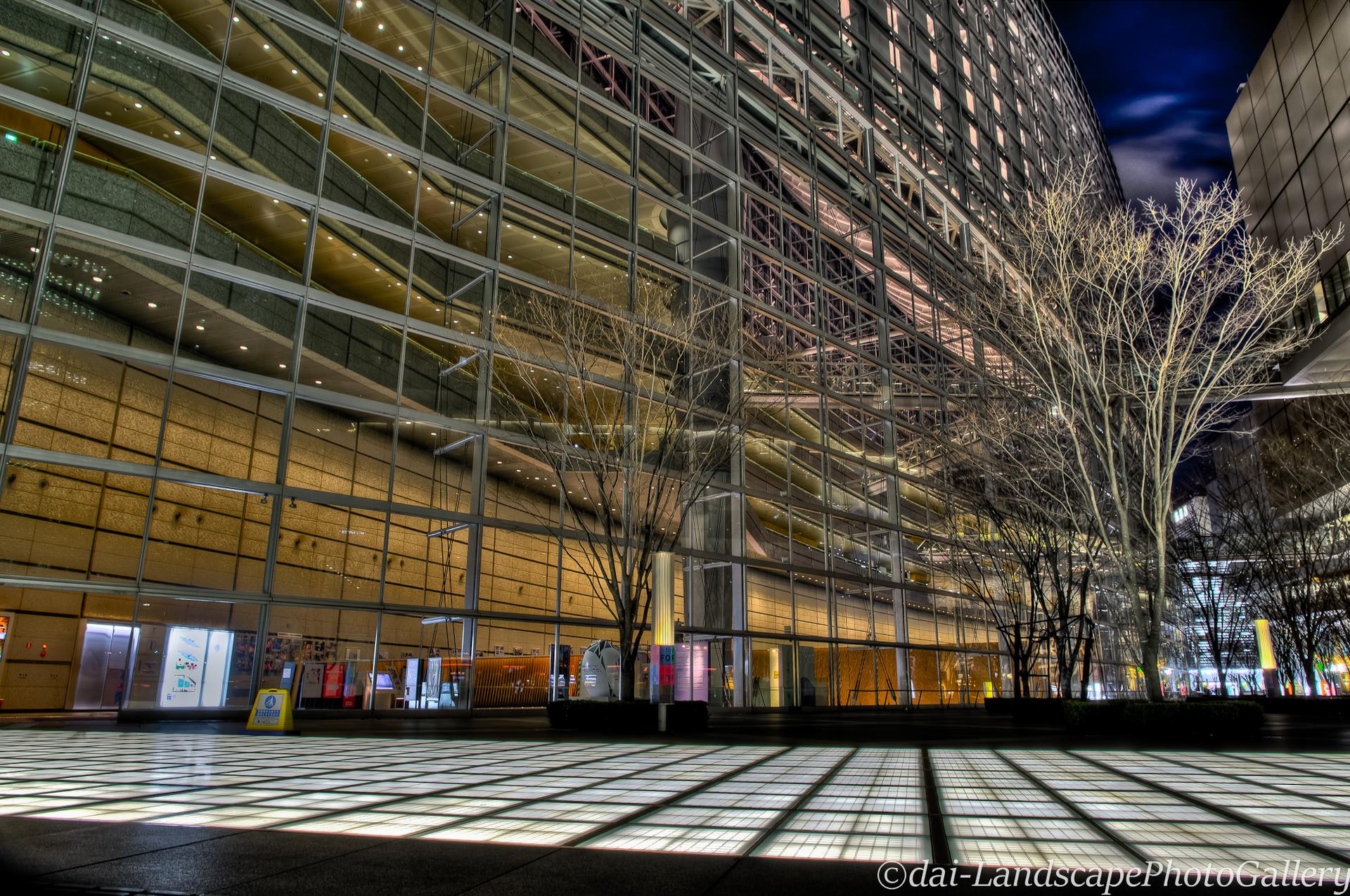 東京国際フォーラム夜景【HDRi】