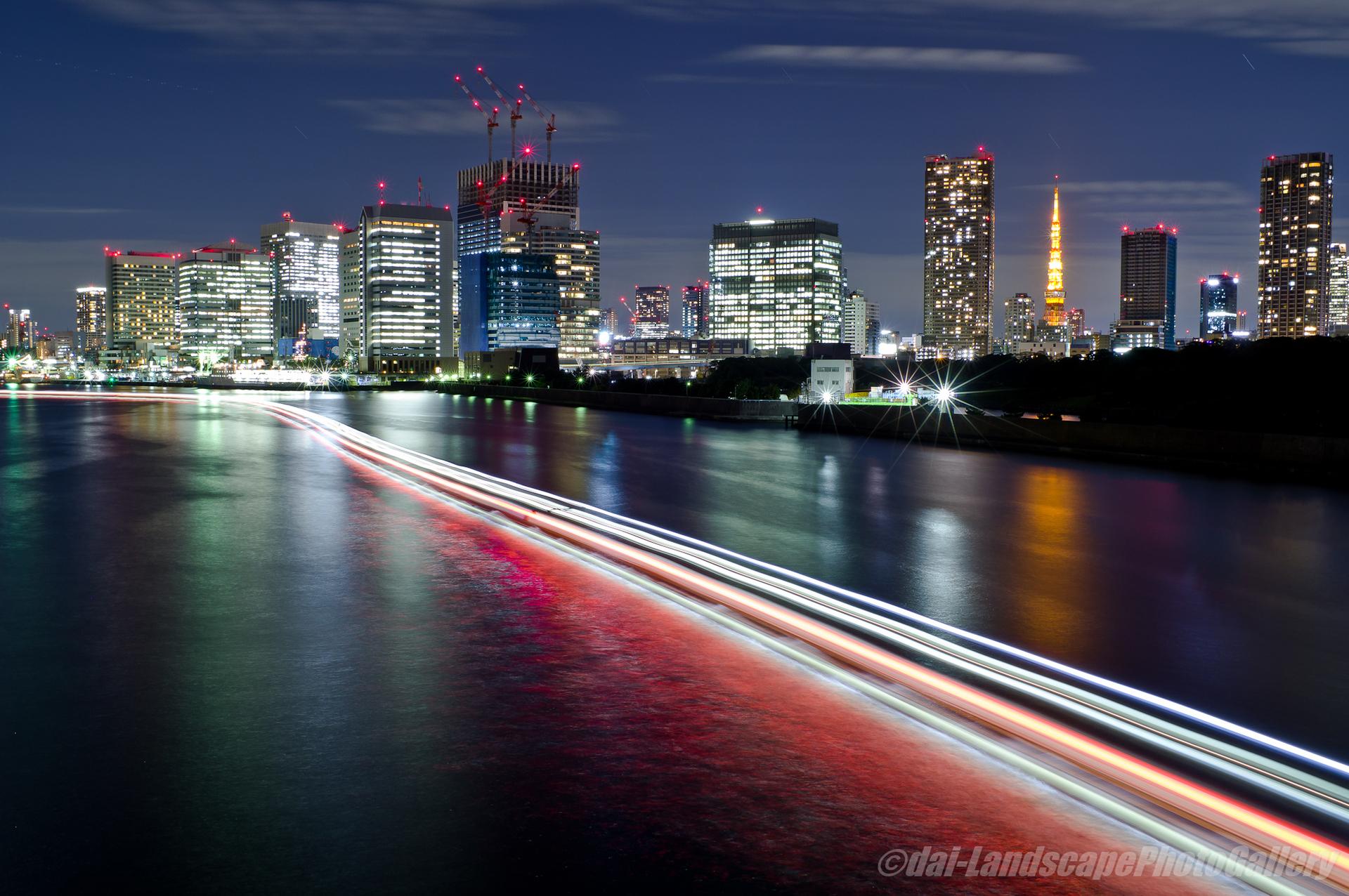 隅田川と東京タワー夜景