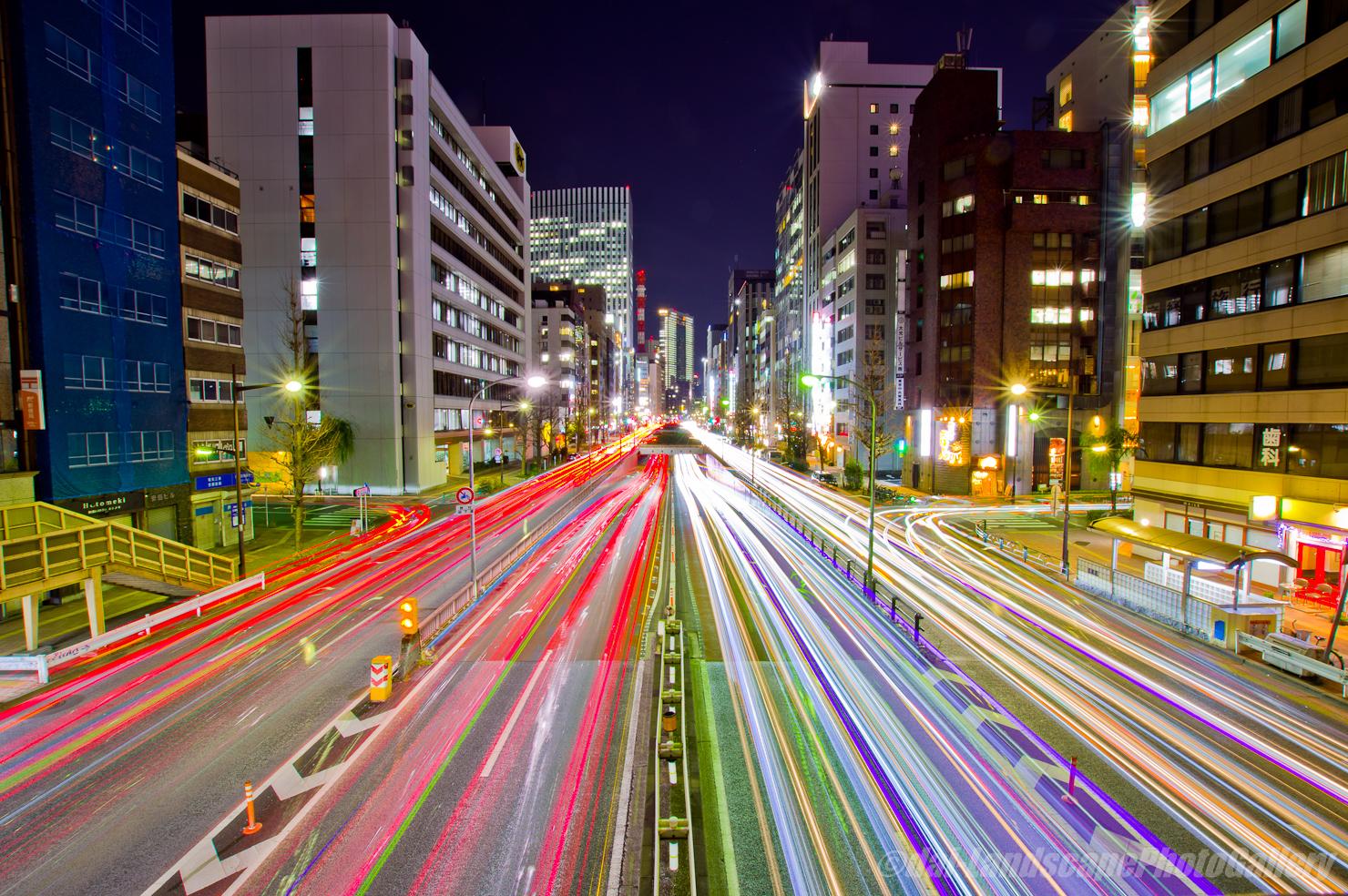 昭和通りの光跡