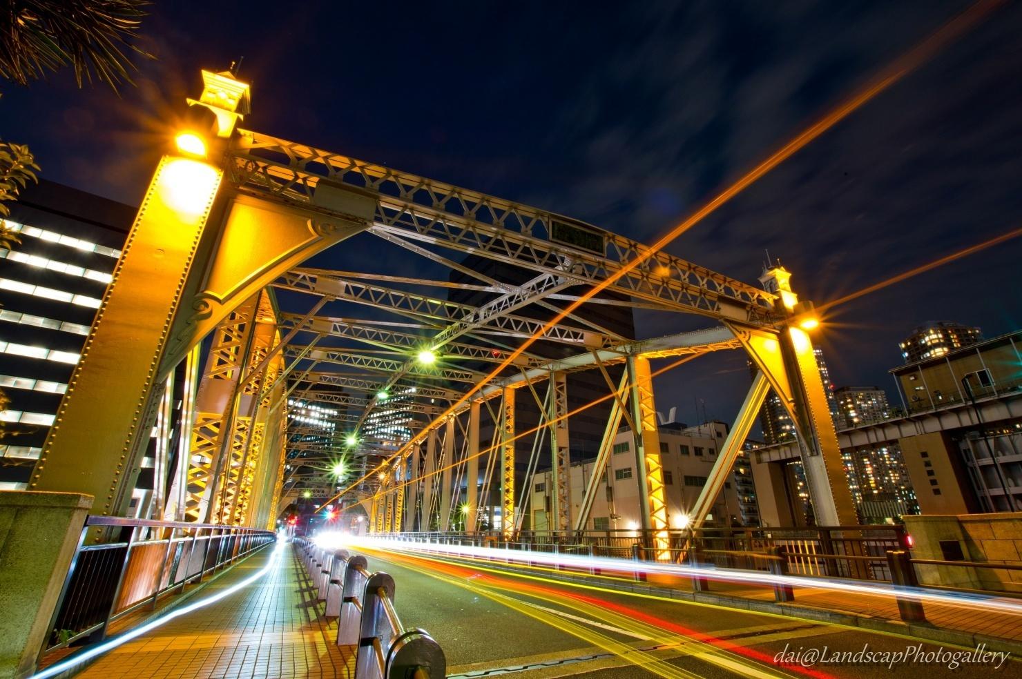 南高橋の光跡