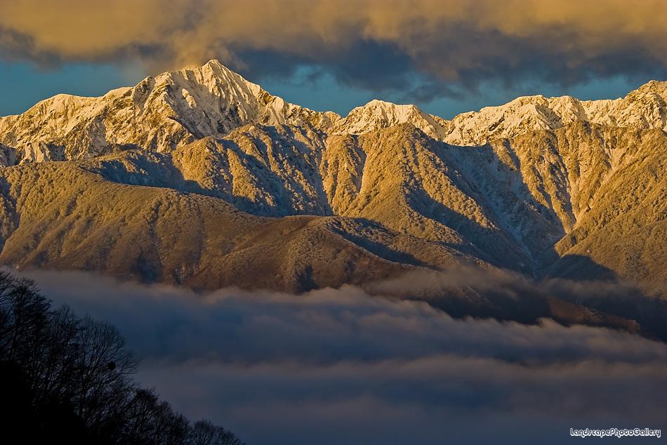 白沢峠 冬の朝の絶景