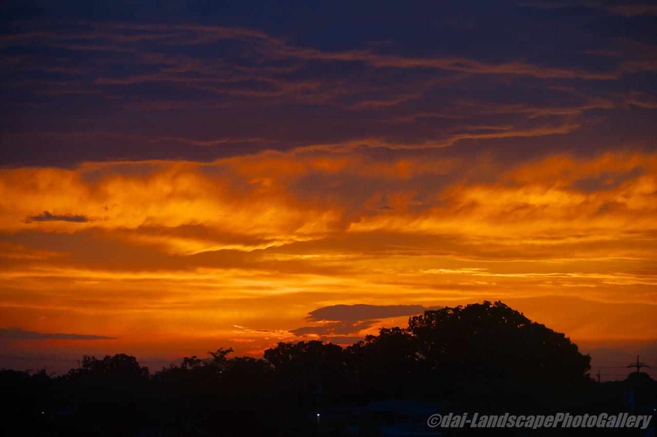 夕焼けの雲
