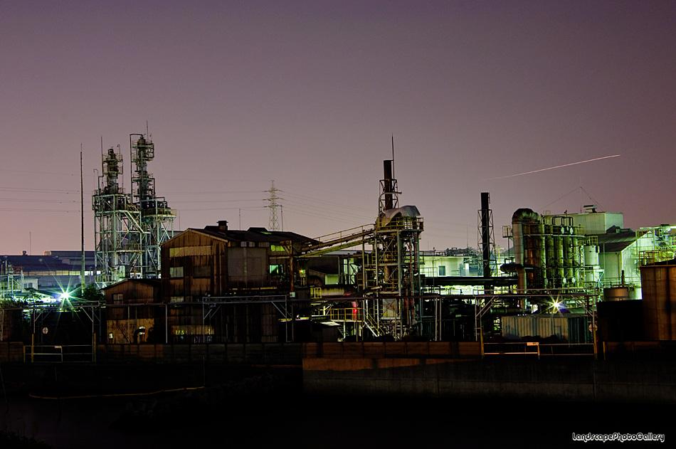 夜の市川港