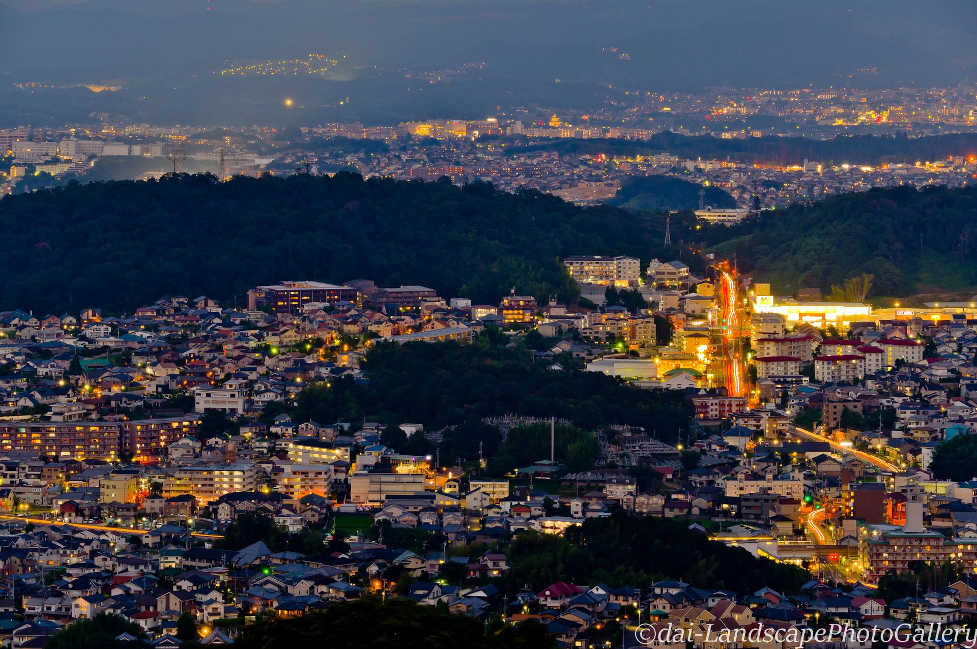 奈良盆地の夜景