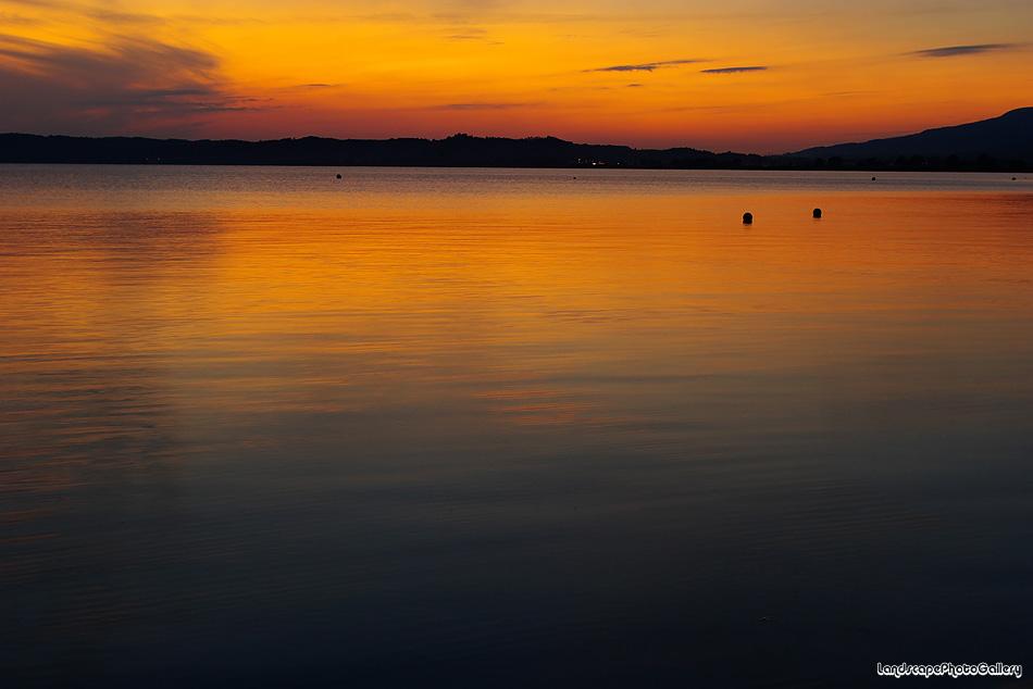 猪苗代湖の夕景
