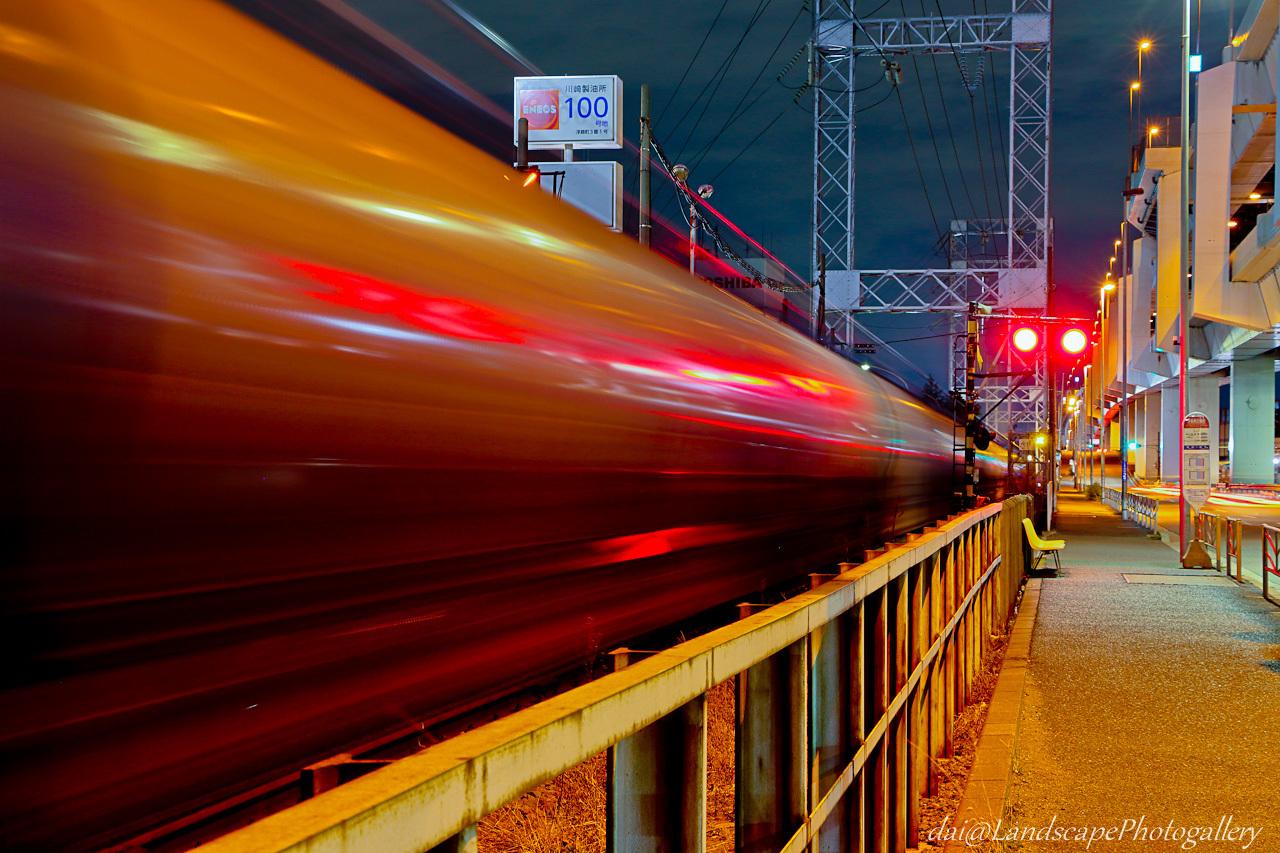 夜の貨物列車 神奈川臨海鉄道浮島線にて
