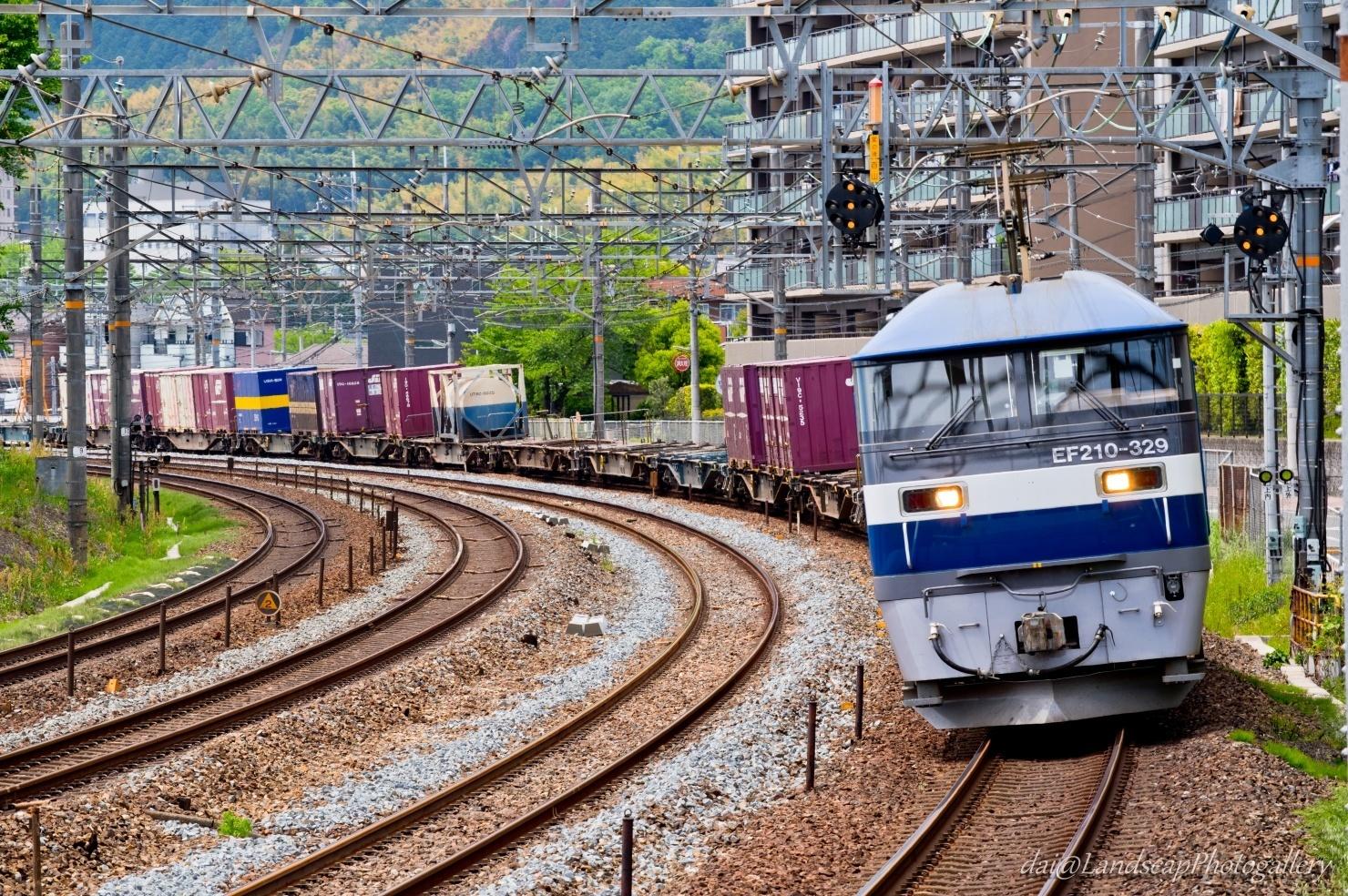EF210-329 コンテナ列車