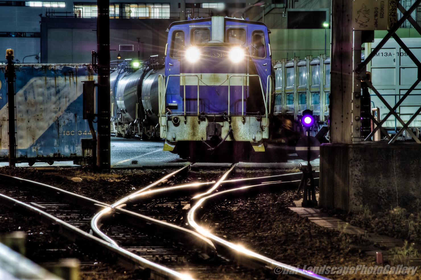 夜の神奈川臨海鉄道末広町駅風景【HDRi】