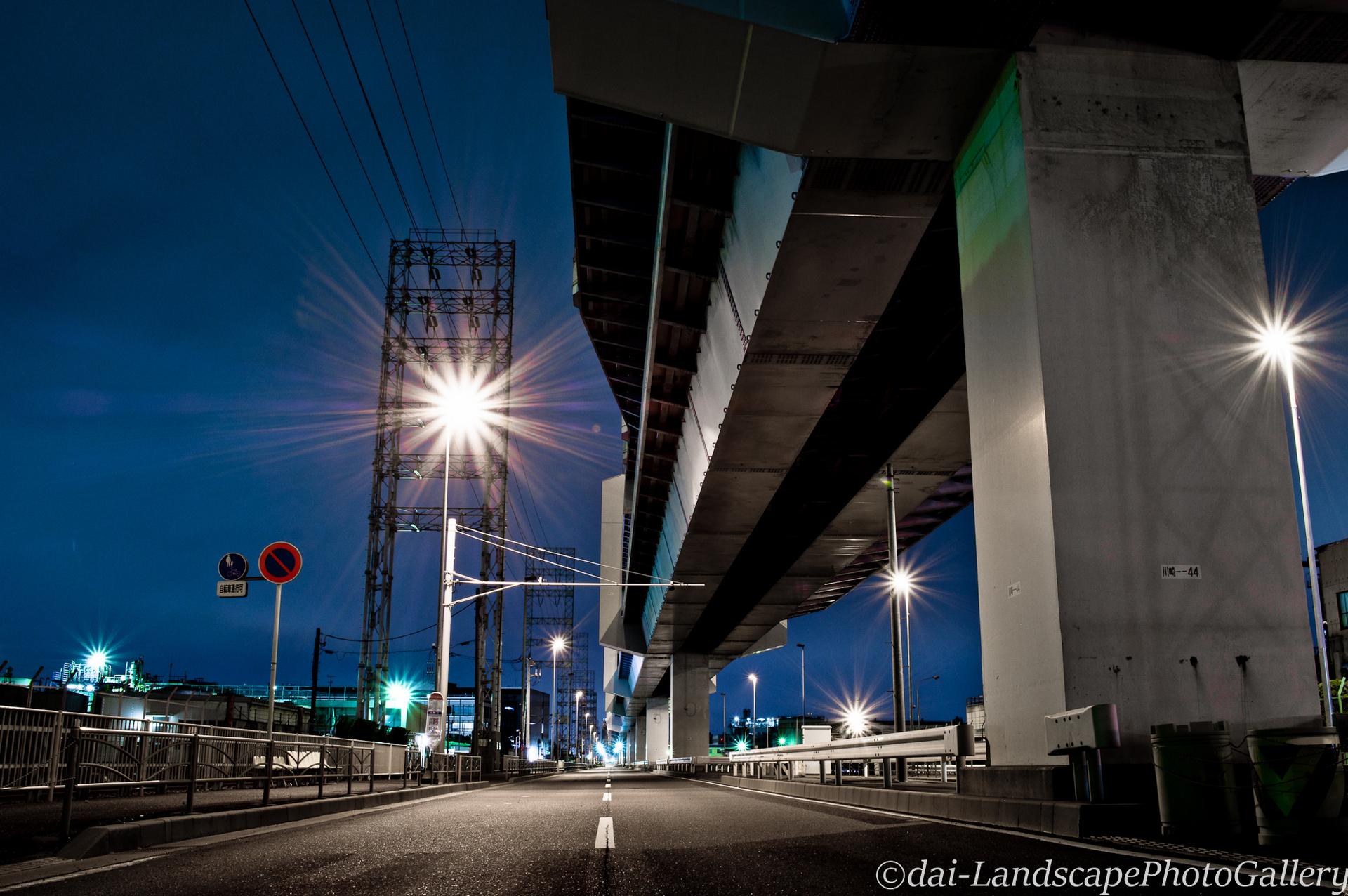 川崎浮島町首都高高架下夜景