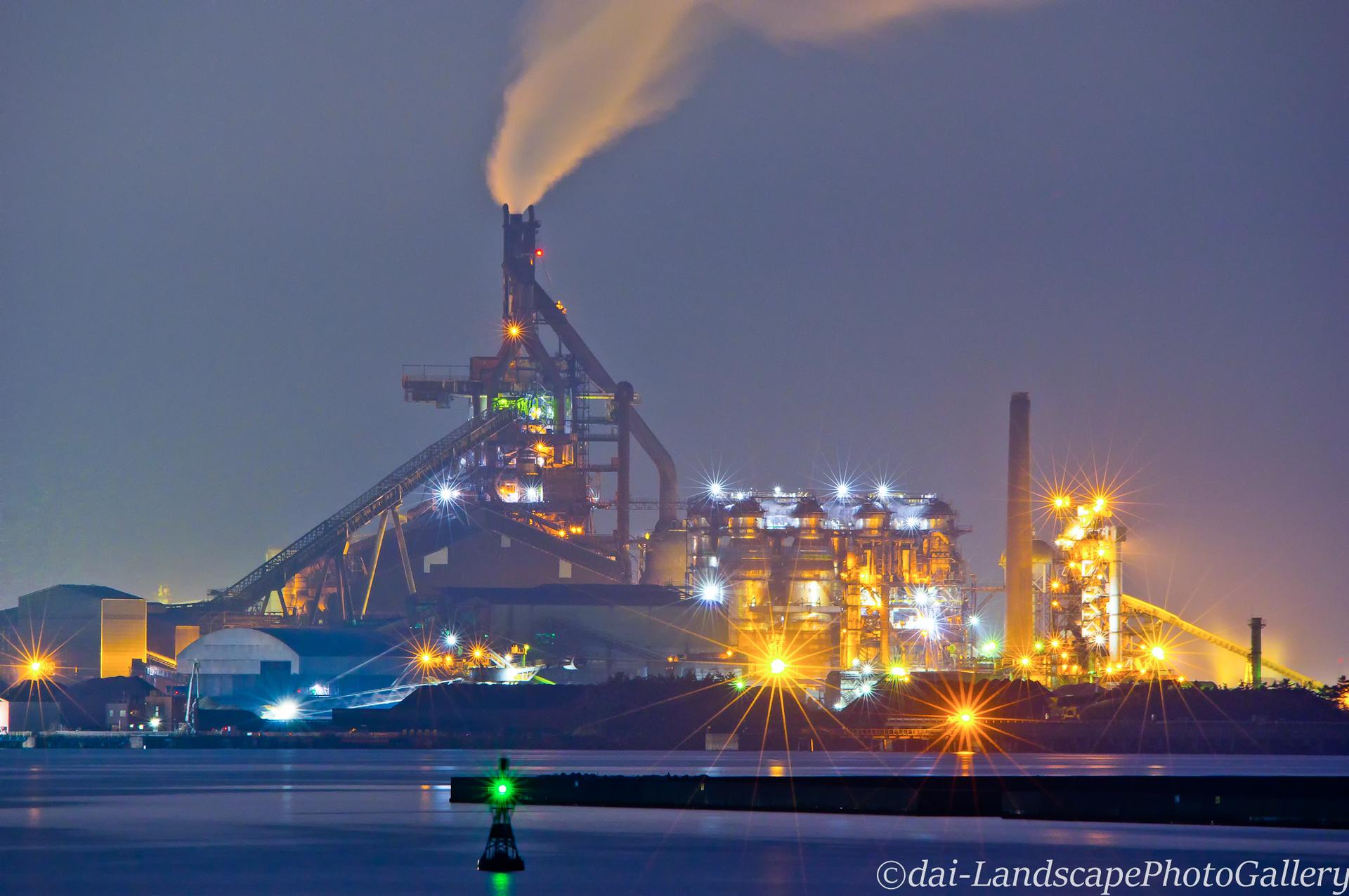 木更津港の製鉄所夜景