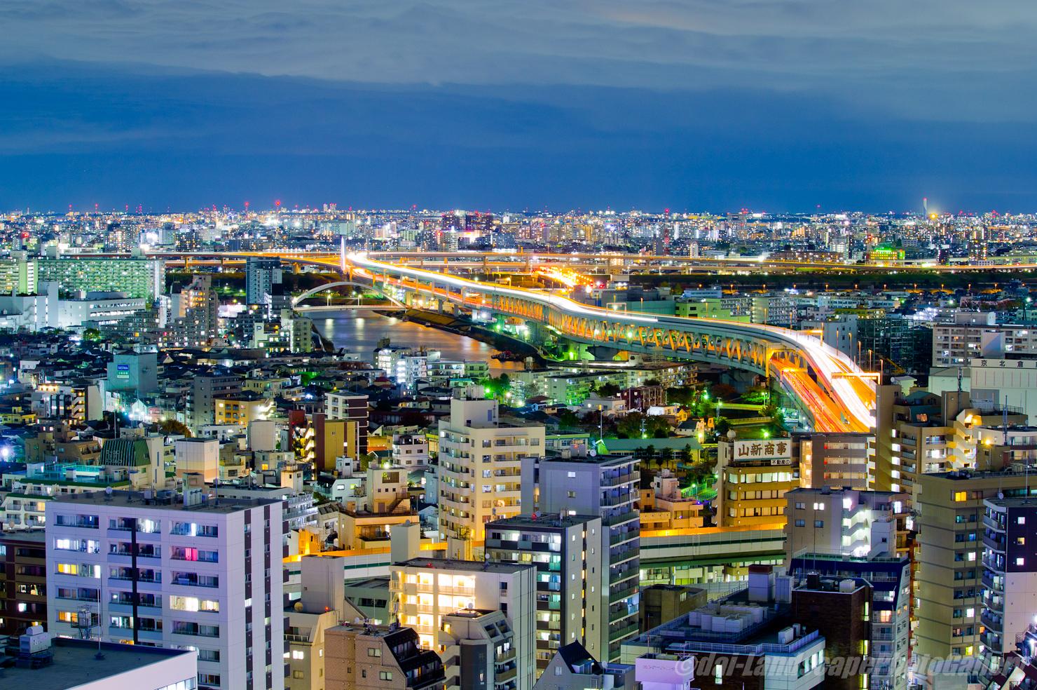 首都高中央環状線俯瞰夜景