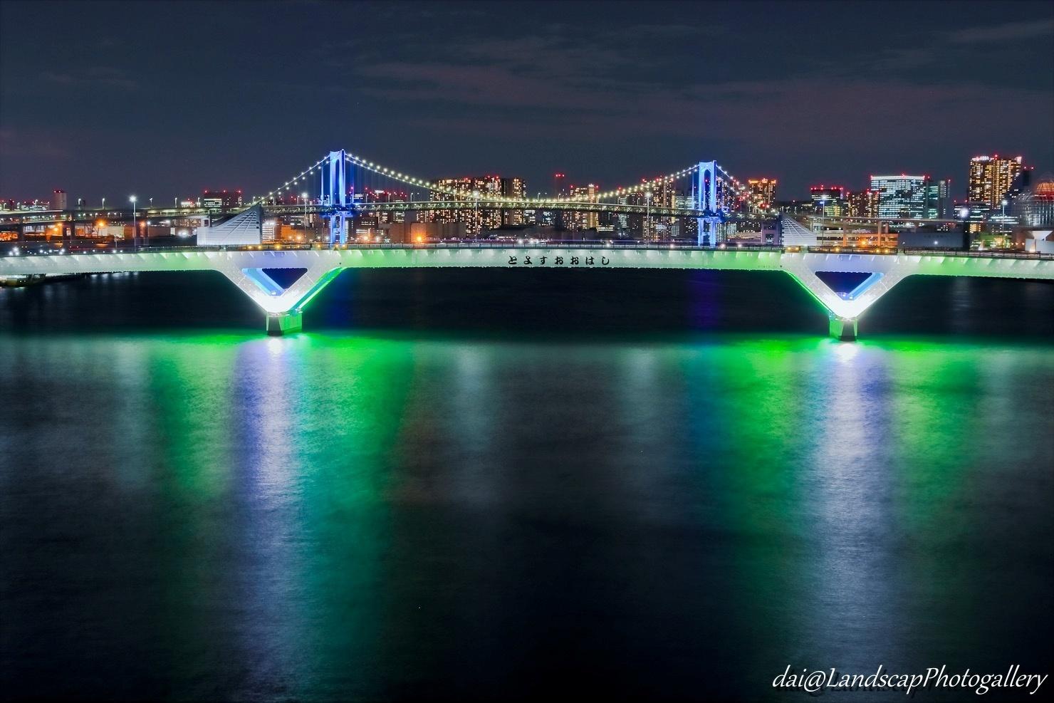 豊洲大橋とレインボーブリッジ夜景