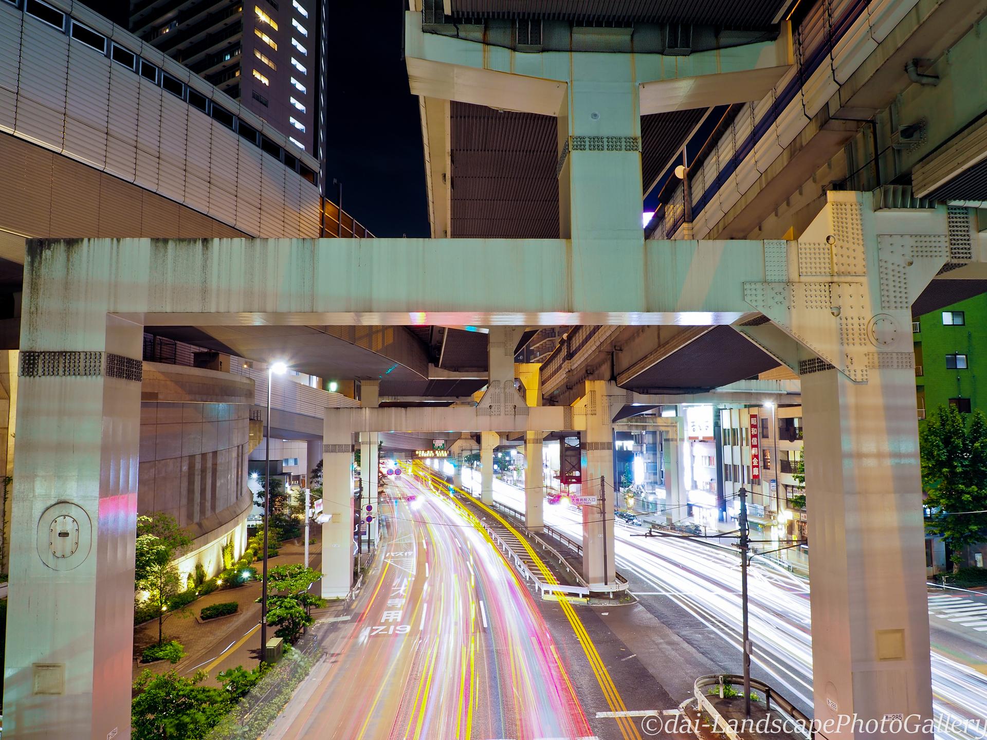 大橋ジャンクション高架下夜景