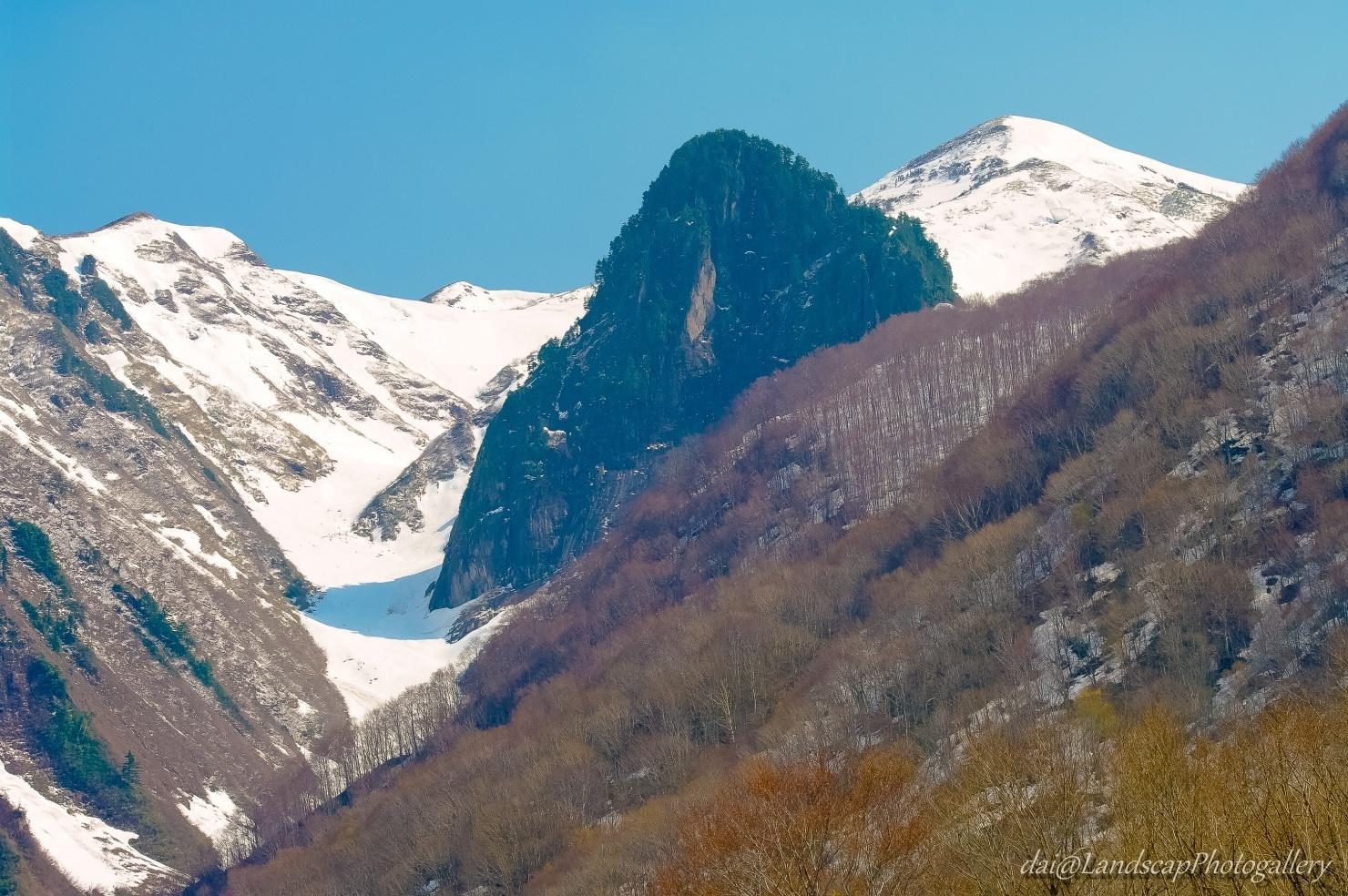割引岳と天狗岩