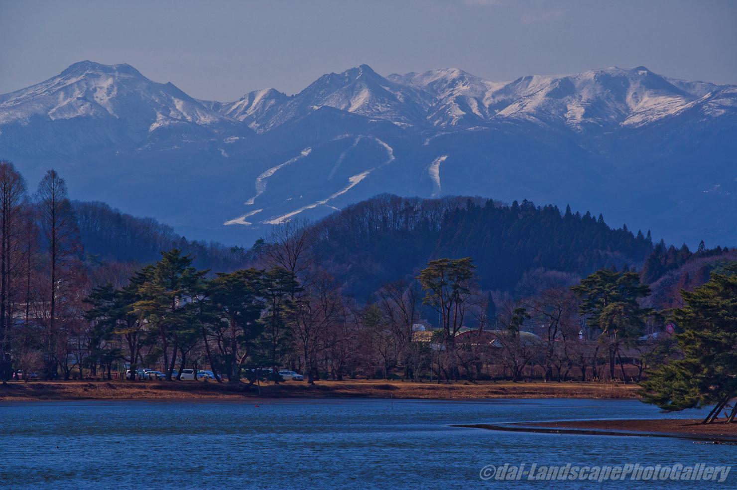 南湖より那須連山を望む