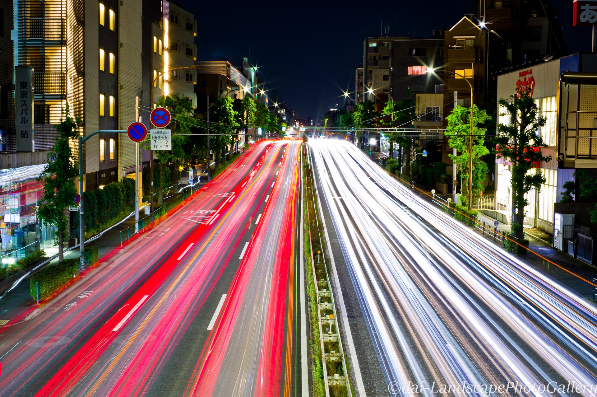 世田谷環八通り夜景
