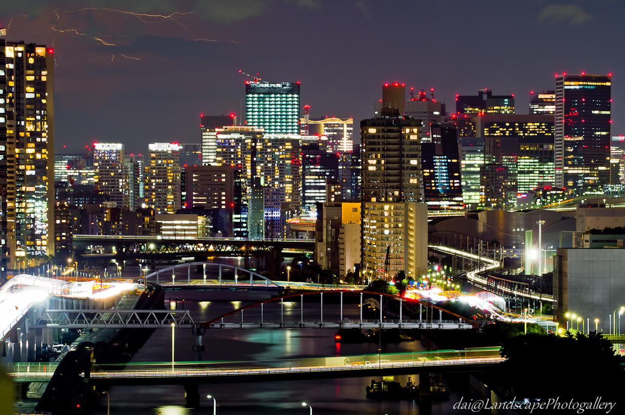 稲妻と東京夜景