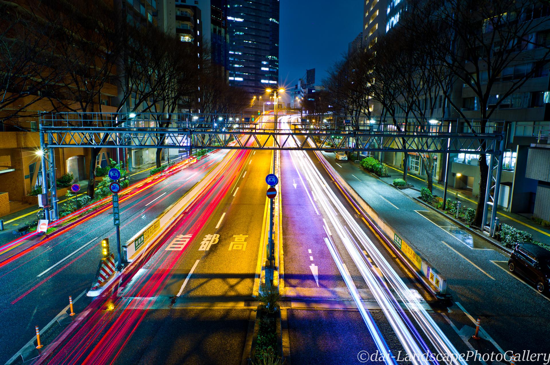 首都高新宿出入口夜景