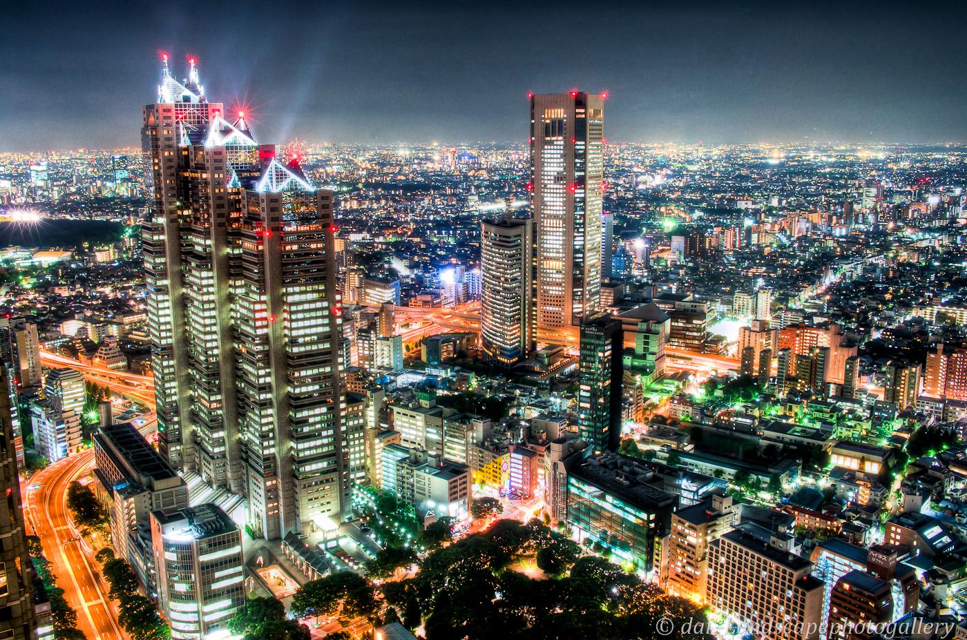 東京都庁展望室からの夜景眺望【HDRi】
