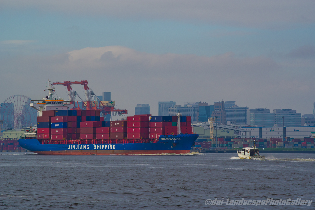 MILD WALTZ 東京港出航風景
