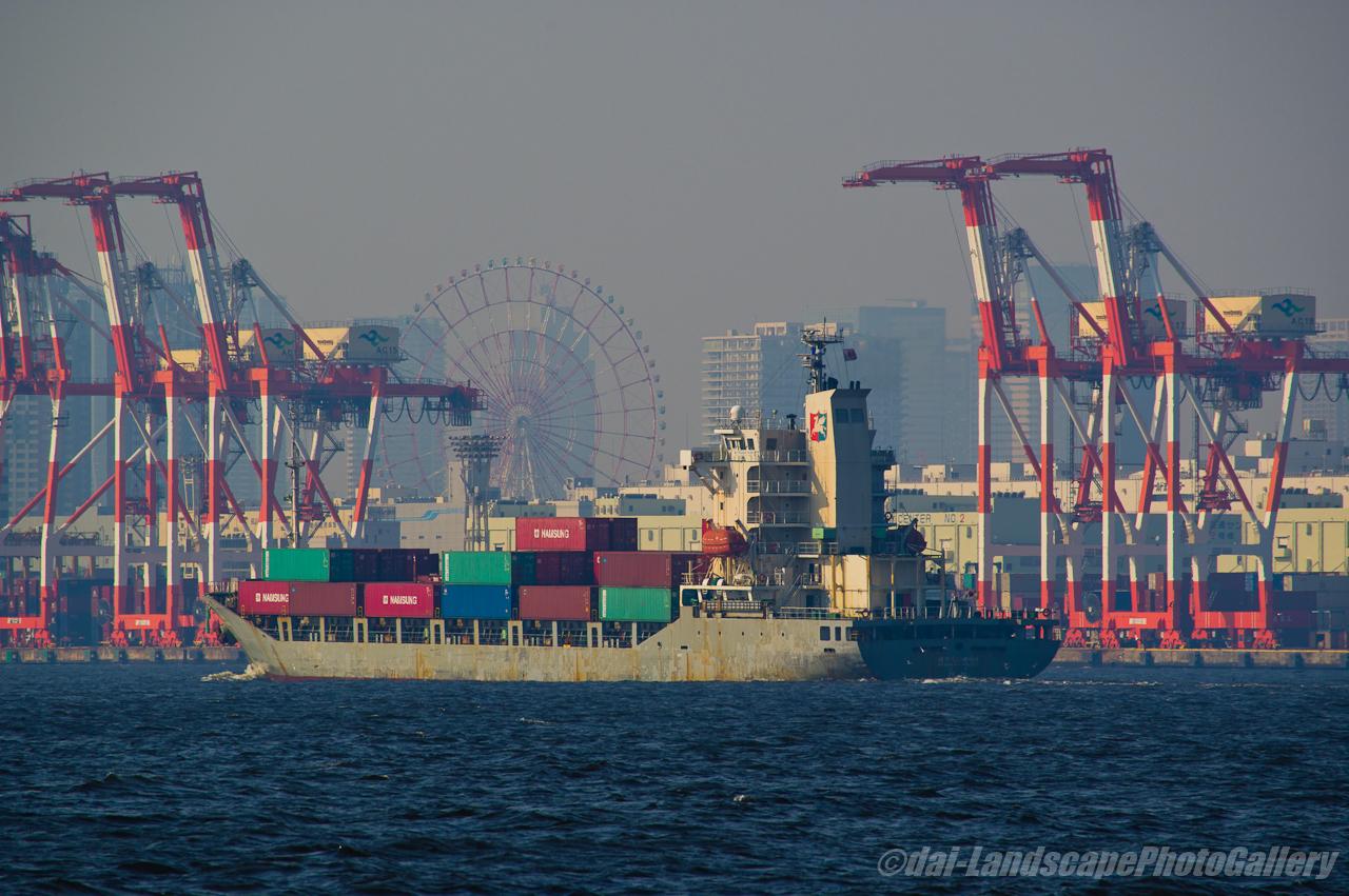 PEGASUS PACER 東京港入港風景