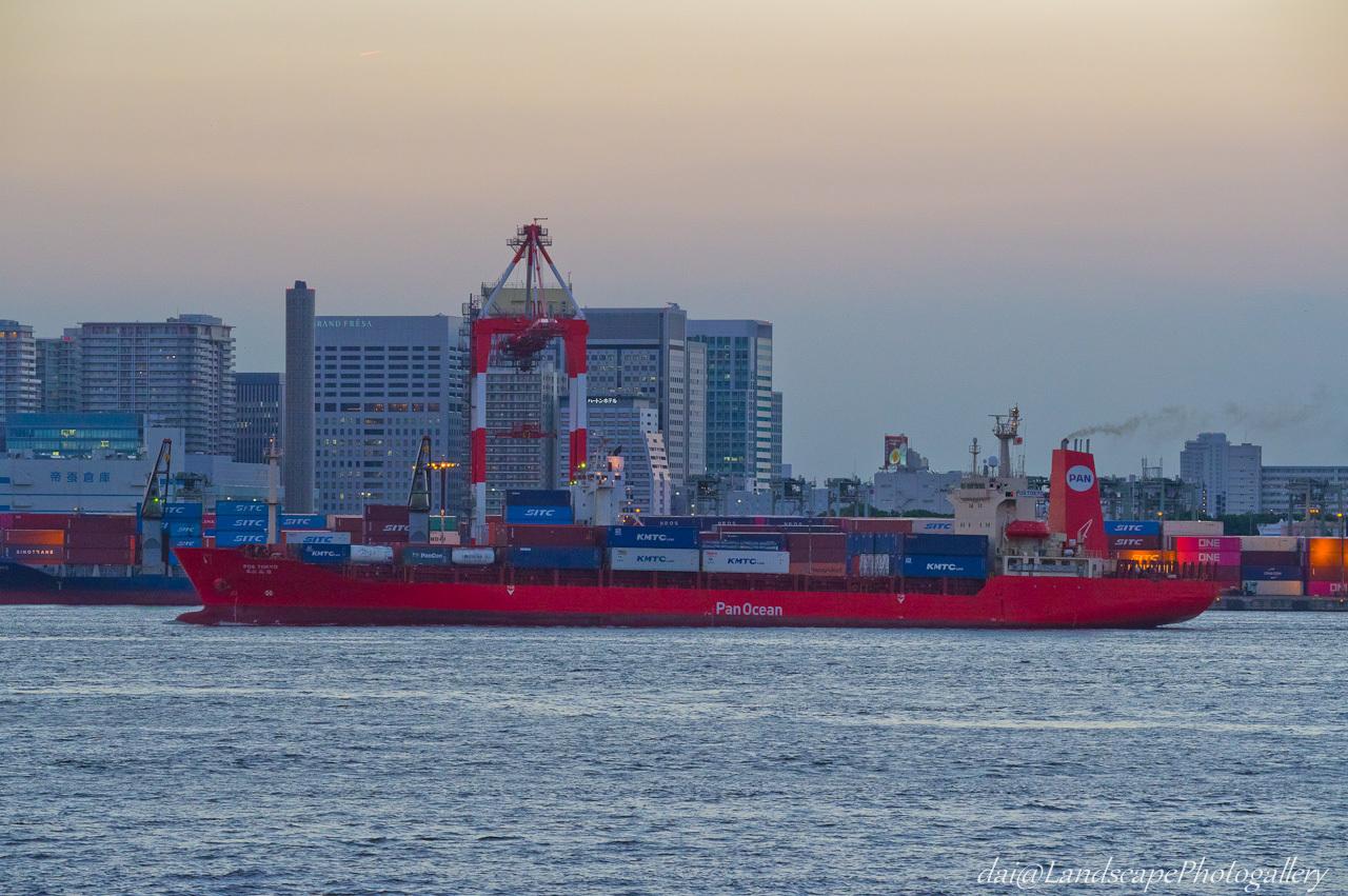 POS TOKYO 東京港出港風景
