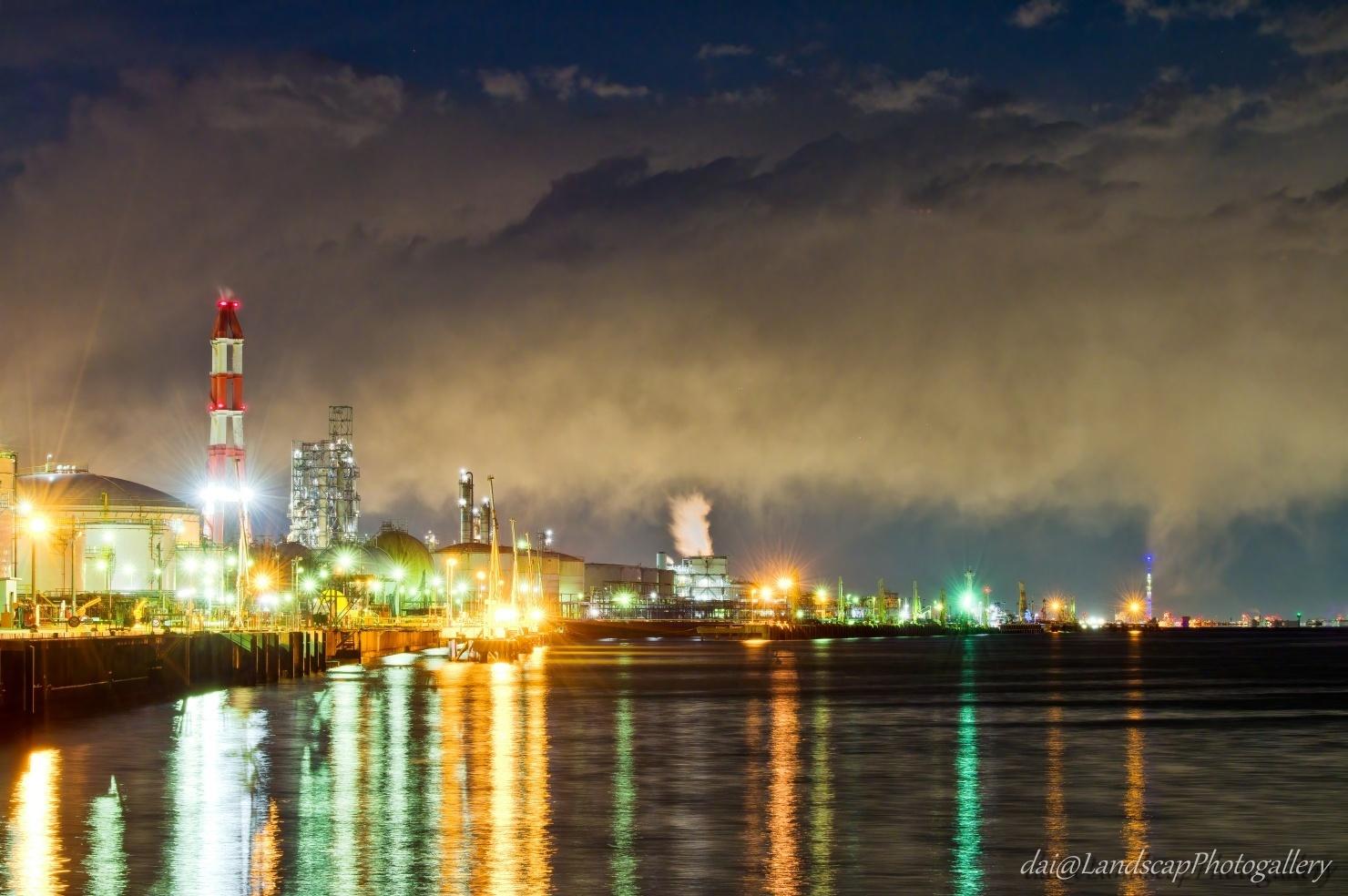 北袖岸壁工場夜景