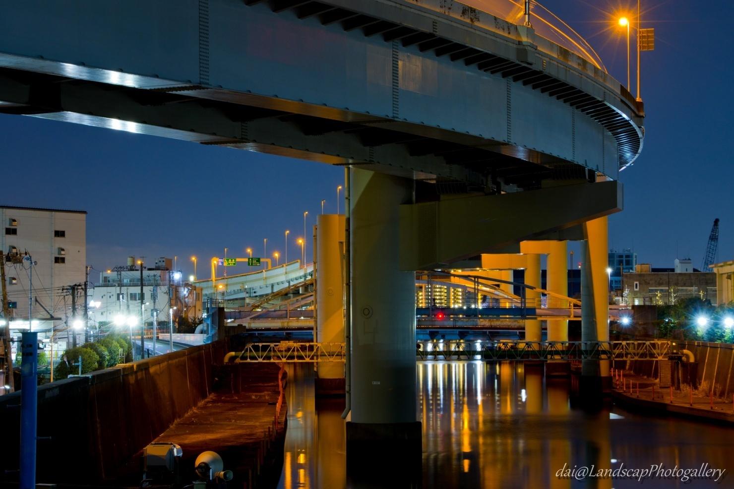 高速6号向島線高架下の旧綾瀬川夜景