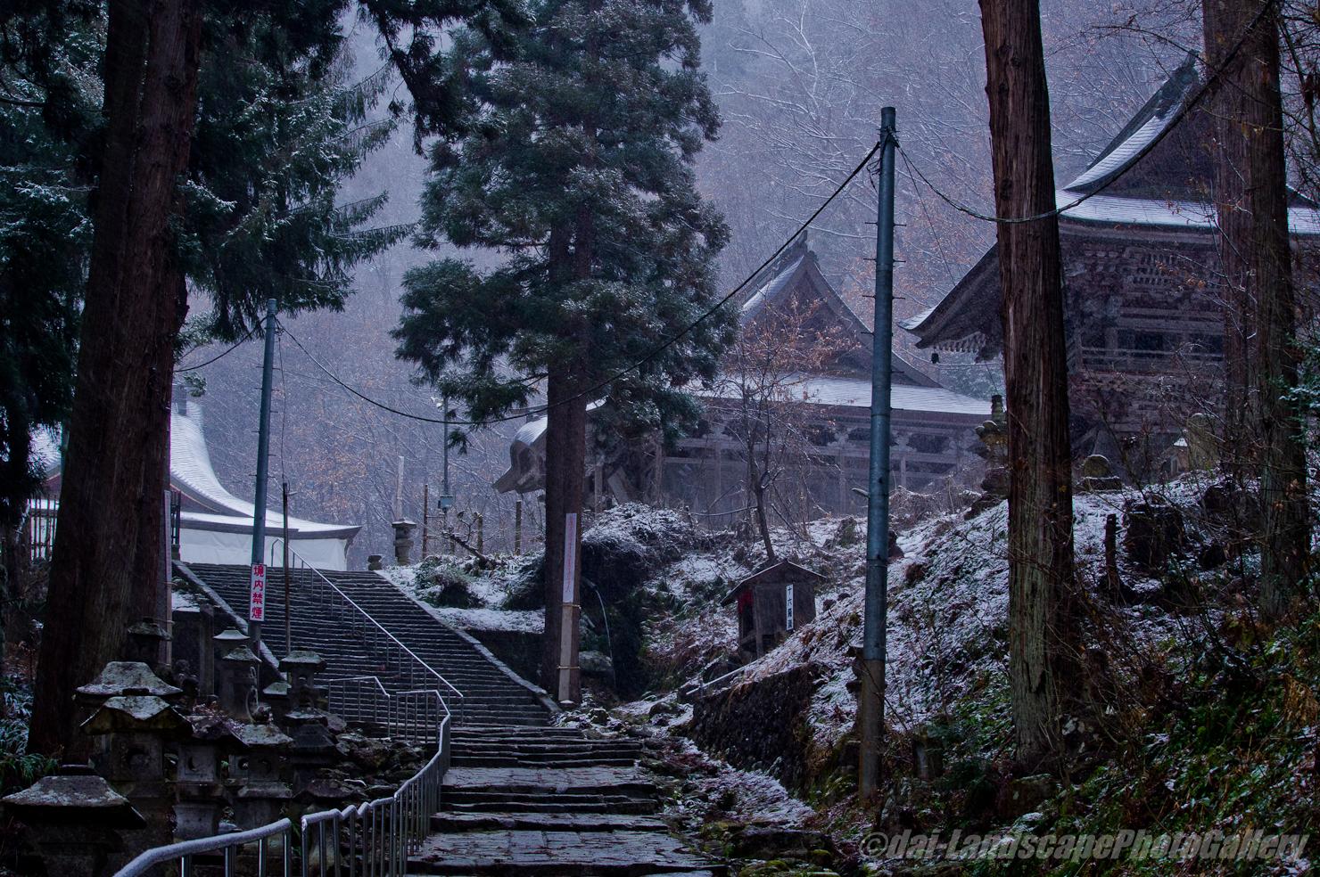 冬の亀岡文珠