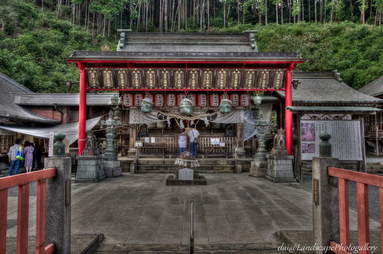 太平山神社本殿【HDRi】