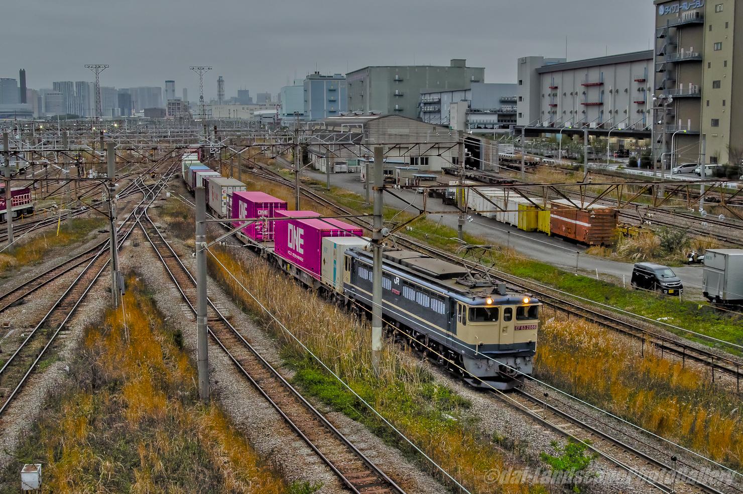 コンテナ列車【HDRi】