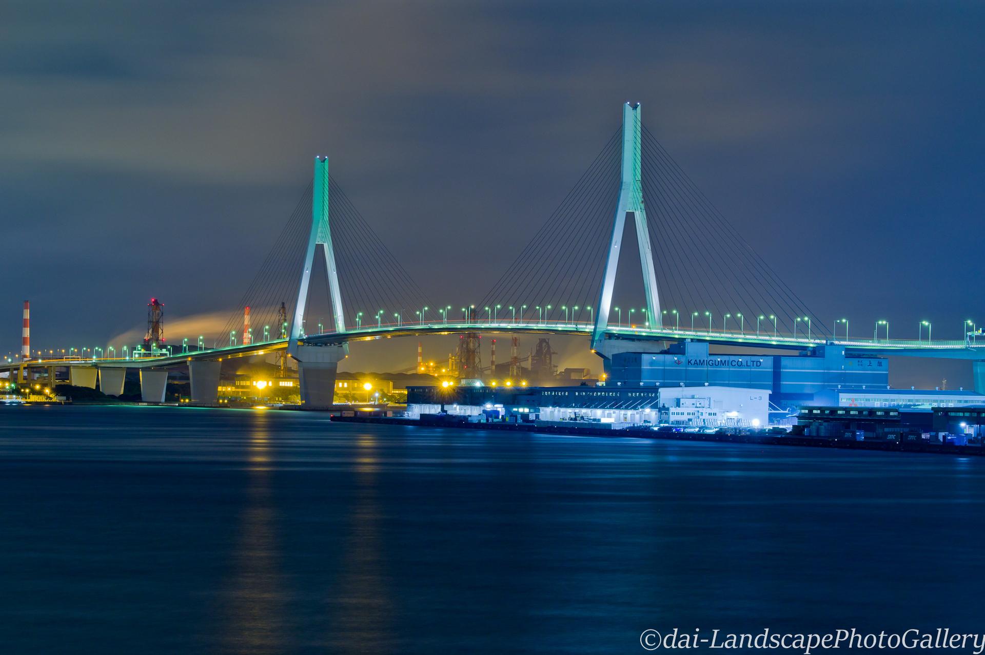鶴見つばさ橋夜景