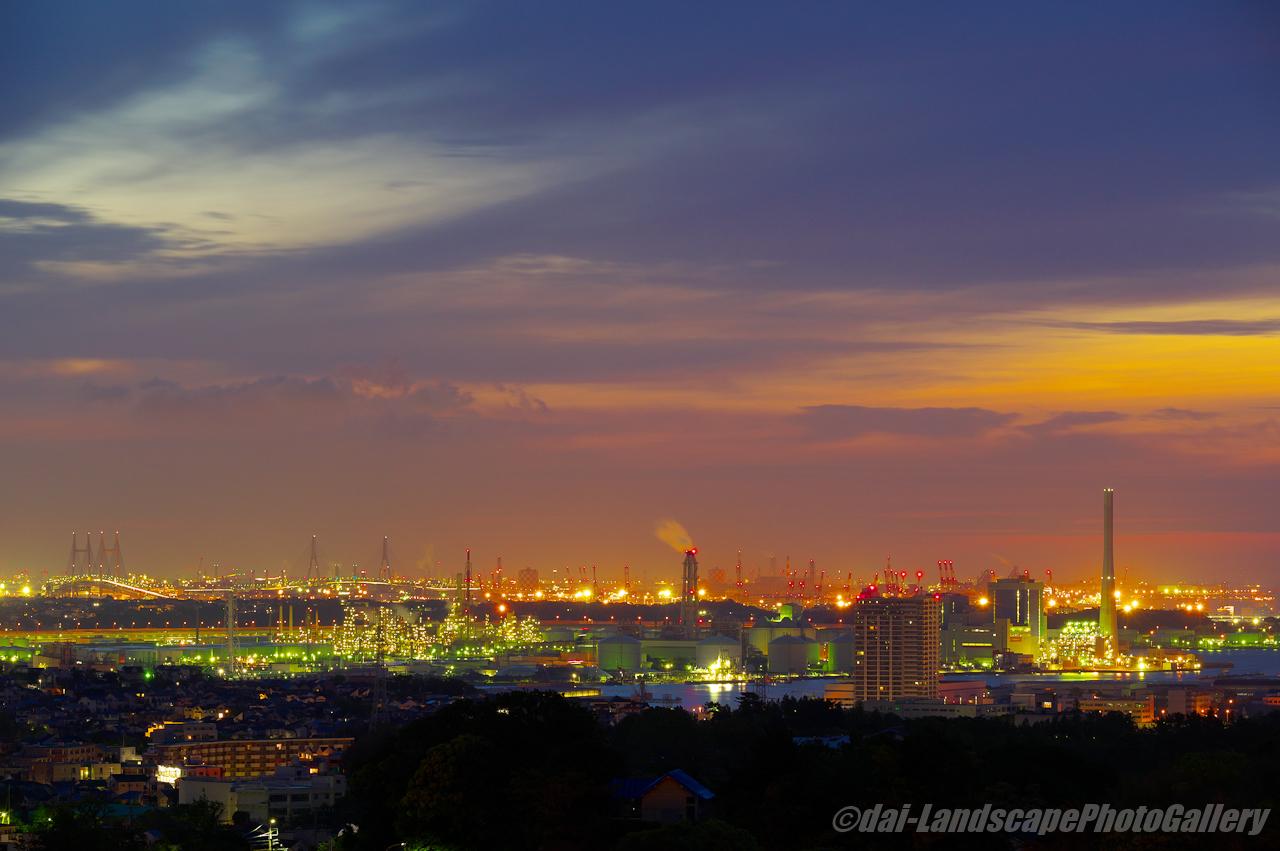 夜明けの横浜夜景