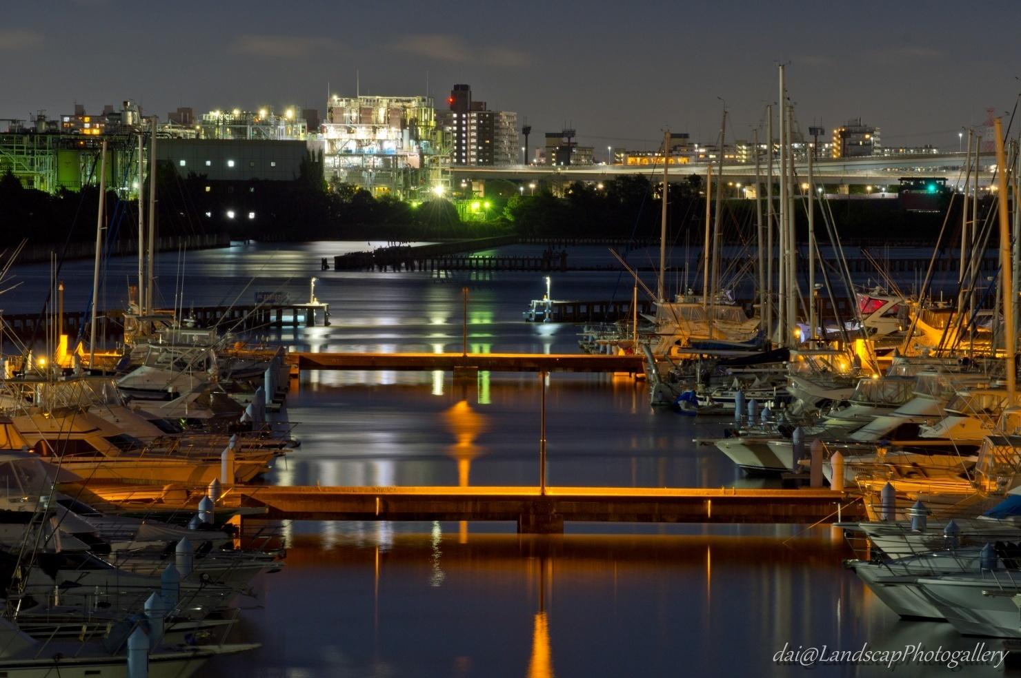東京夢の島マリーナと東部スラッジプラント夜景